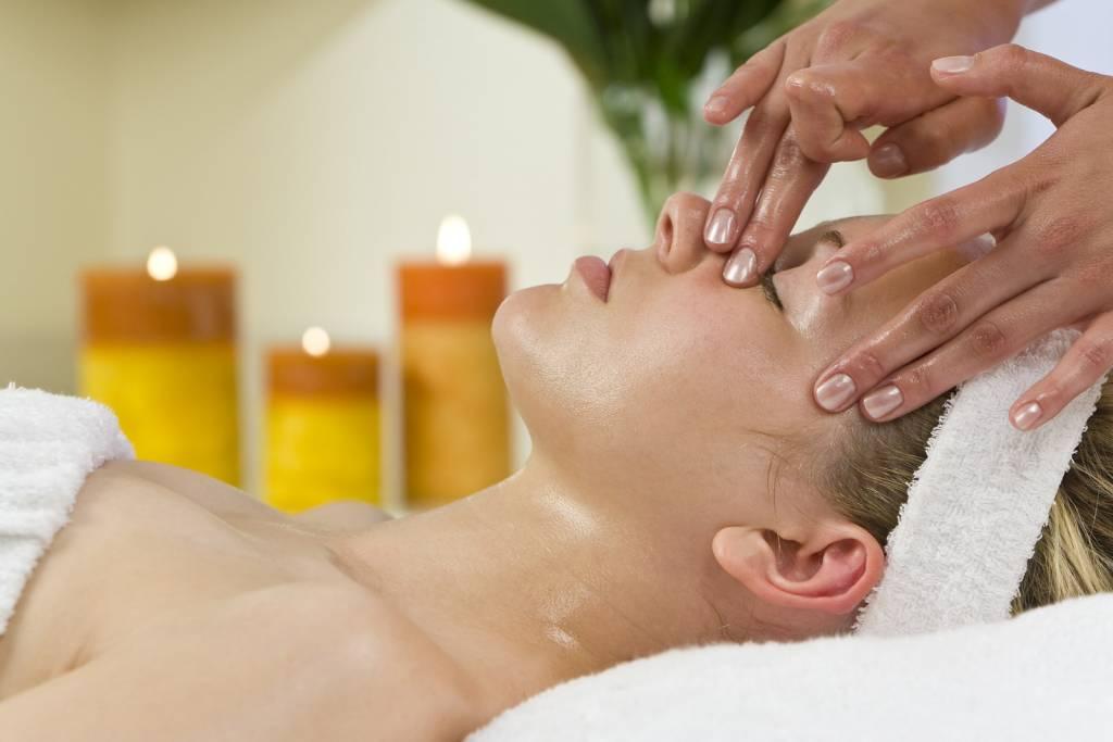 Aromatherapy Massage - Harmonious Balance - Treatments